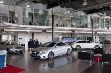 Mercedes benz comercial