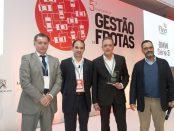 José Mendes da Silva, da BMW, recebe o prémio pelo Série 3