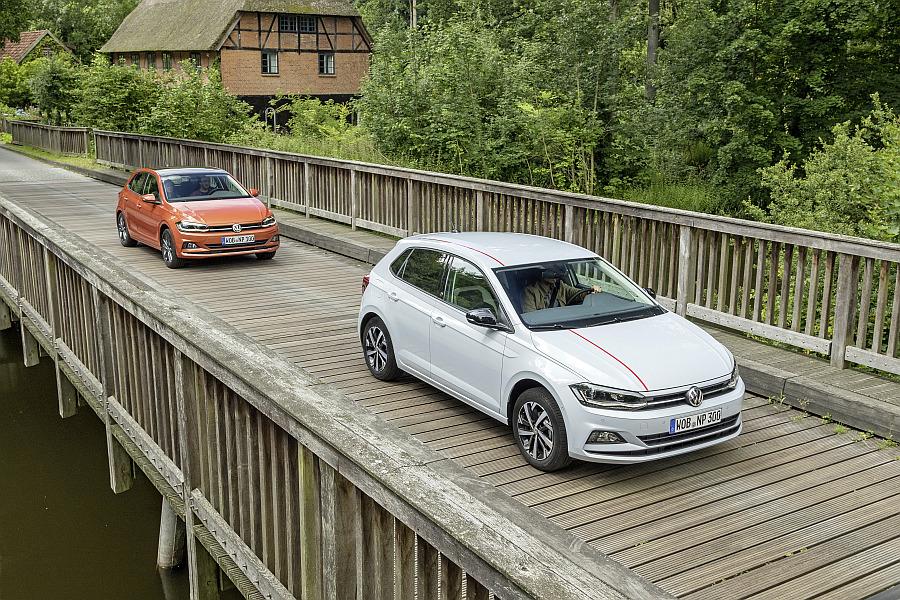 O novo Volkswagen Polo vai ter apenas carroçaria de 5 portas e os motores  1.6 TDI com 80 e 95 cv vão estar disponíveis apenas no final de 2017. 25cc708d143
