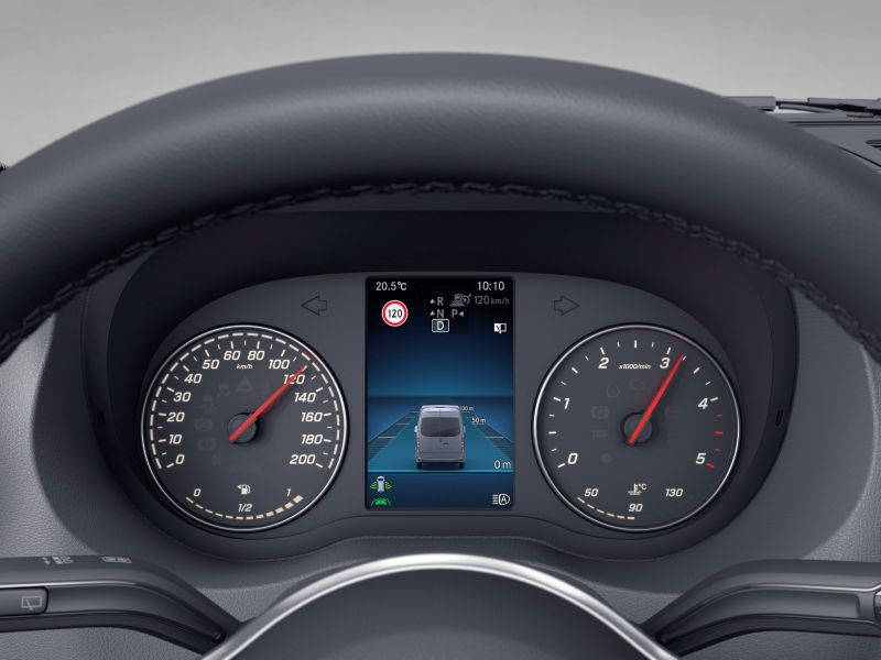 Mercedes-Benz Sprinter 2018 103