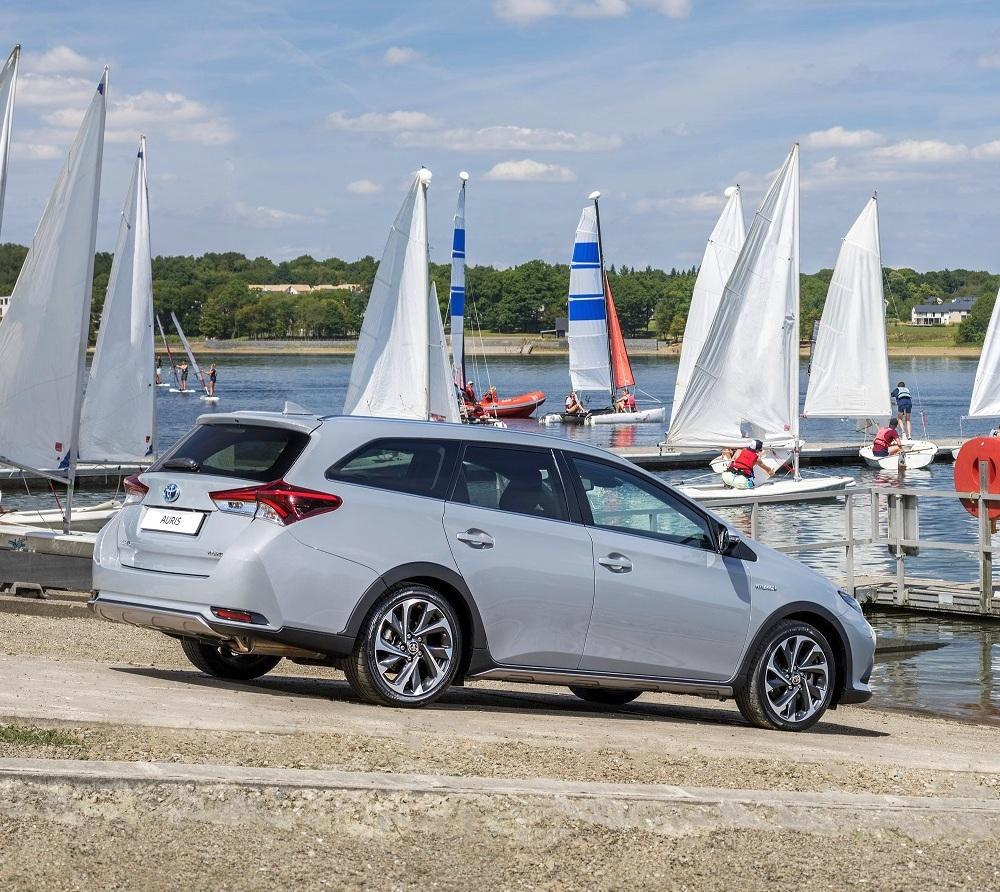 Toyota Auris Híbrido Renda De 350 Euros Em Toyota Renting Plus Fleet Magazine